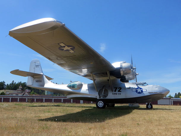 World Catalina News – November 2015